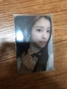 Izone  IZ*ONE color*iz la vie en rose hyewon Broadcasting Photocard Photo card