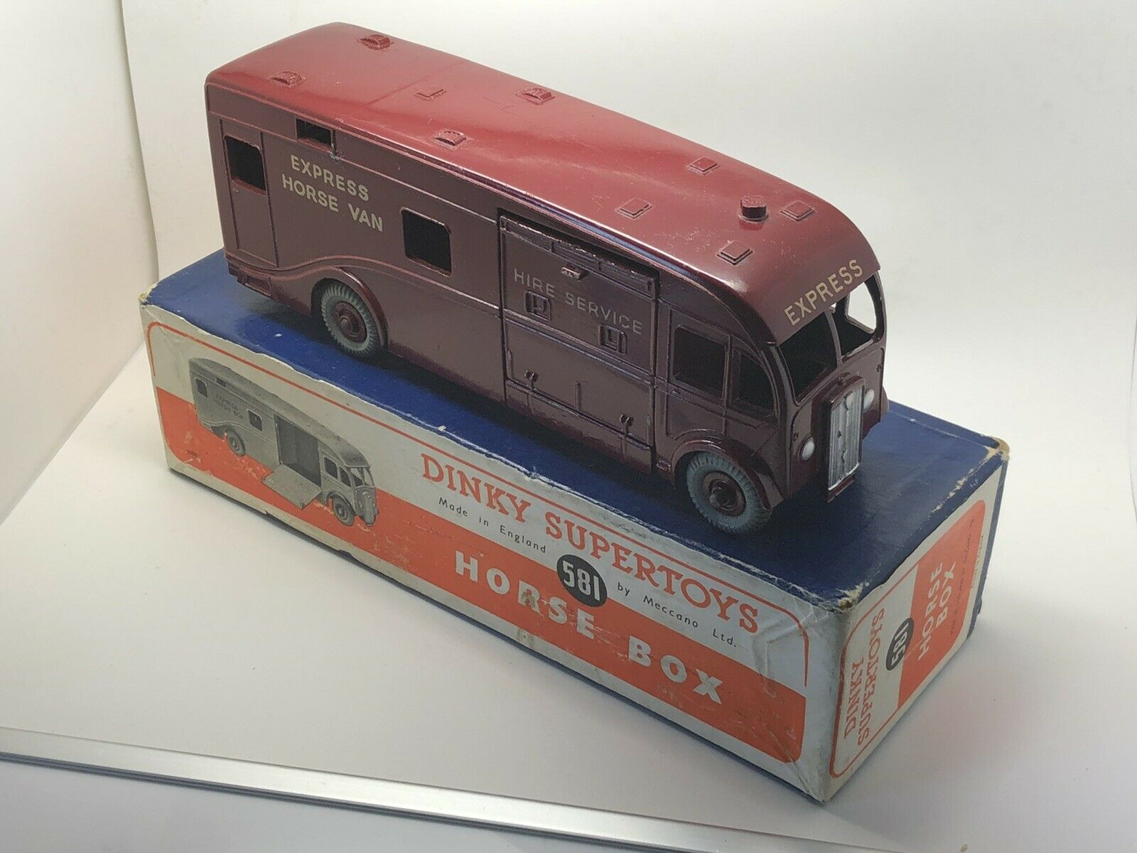 DINKY 581 HORSE VAN, BOX, USA ISSUE, VERY NEAR MINT BOXED, HUDSON DOBSON LABEL