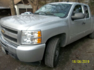 2011 Chevrolet ext cab 4x4