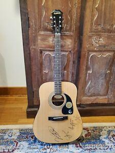 Brad Paisley, Sammy Hagar, Amy Grant & Vince Gill signed Acoustic Guitar