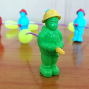 Creative-Squirt-Fireman-Water-Toys-Spray-Water-Funny-Gadget-Prank-Jokes-roF-jf