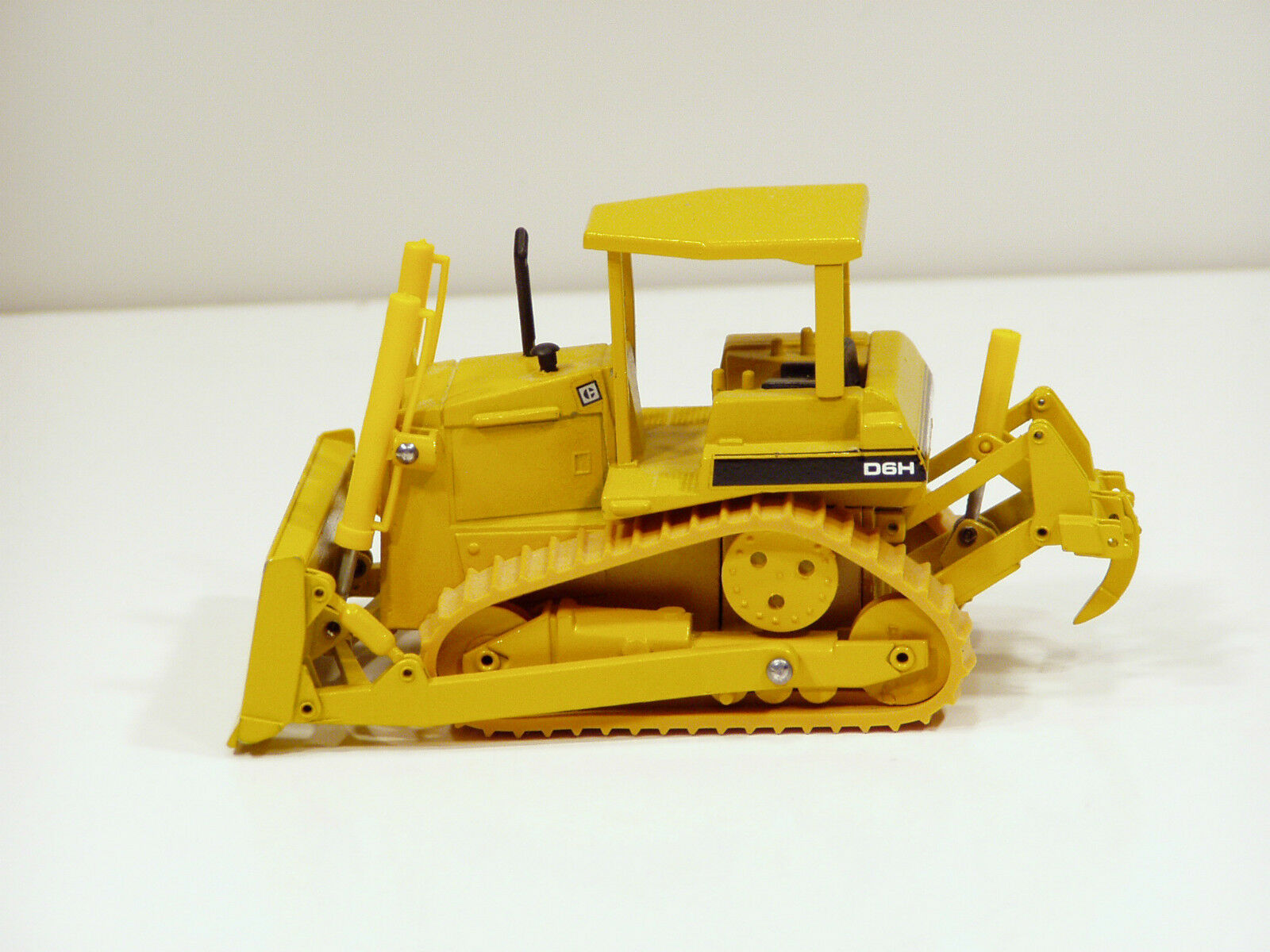 Caterpillar D6h Excavadora-Rops, 3 holgazanes, O c - 1 50-Conrad   2851