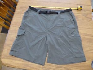 Men-039-s-Columbia-Omni-Shade-Gray-Nylon-Shorts-40-x-10-cargo-belted-Very-Good
