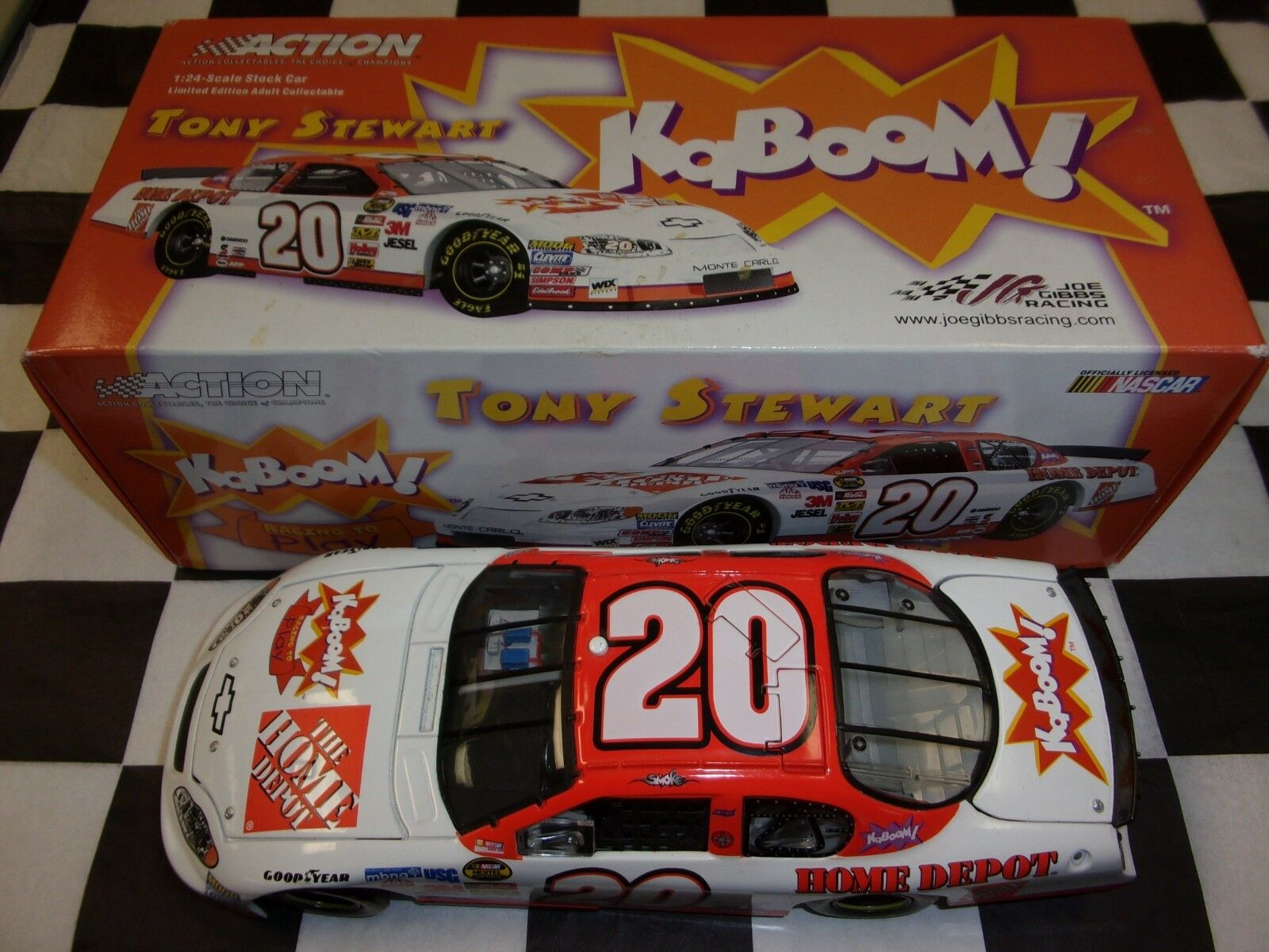 Tony Stewart  20 Home Depot Kaboom 2005 Monte Carlo NASCAR Action 1 24 scale car