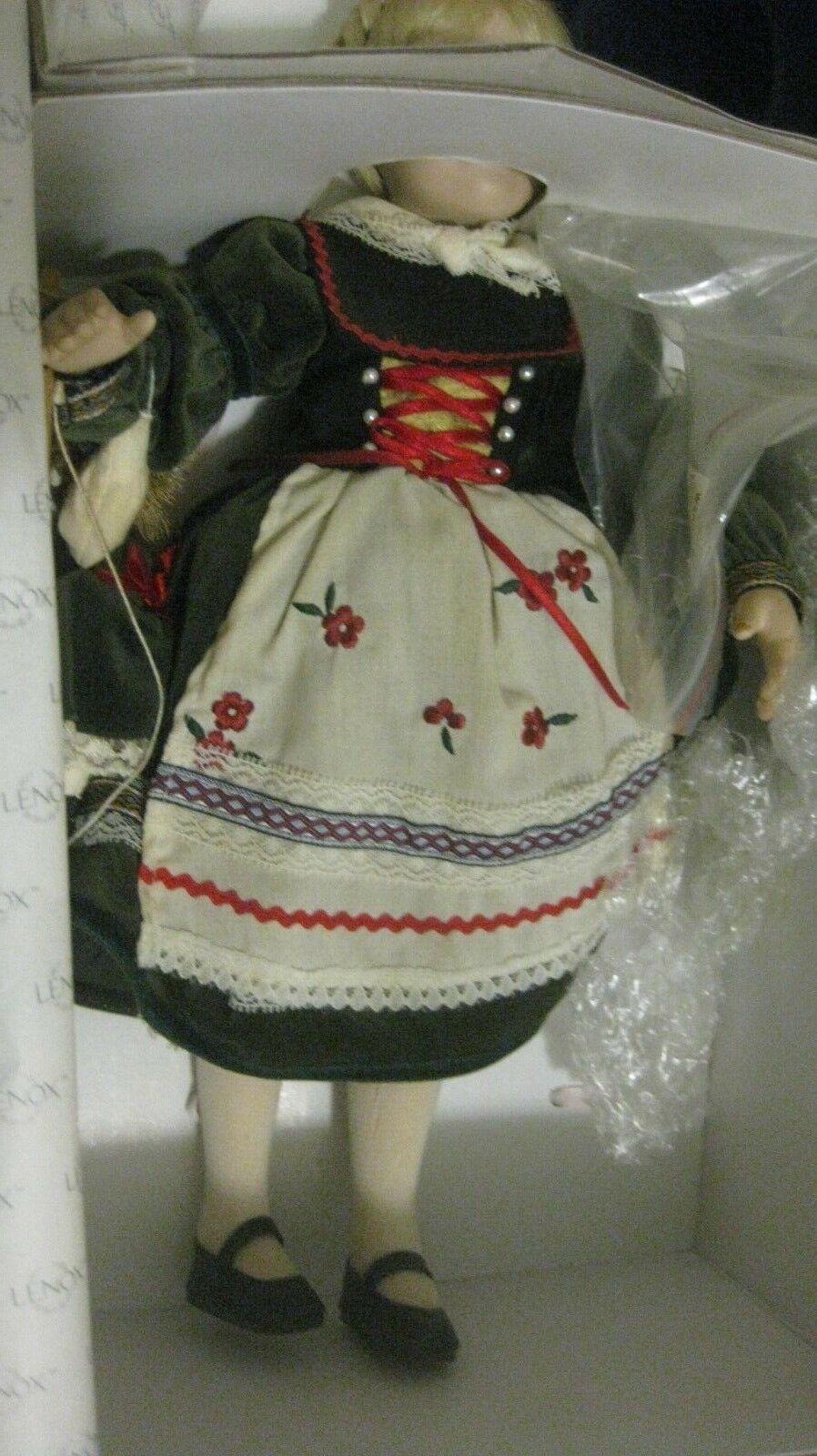 Bambini Del Mondo 'Gretchen' Bambola di Porcellana Collezione Collezione Collezione in Esclusiva Lenox 08a1b6