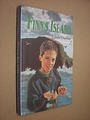 Doelbewust Finn's Island. Eileen Dunlop. 1991. 1st Edition Hardback In Dust Jacket 100% Hoogwaardige Materialen