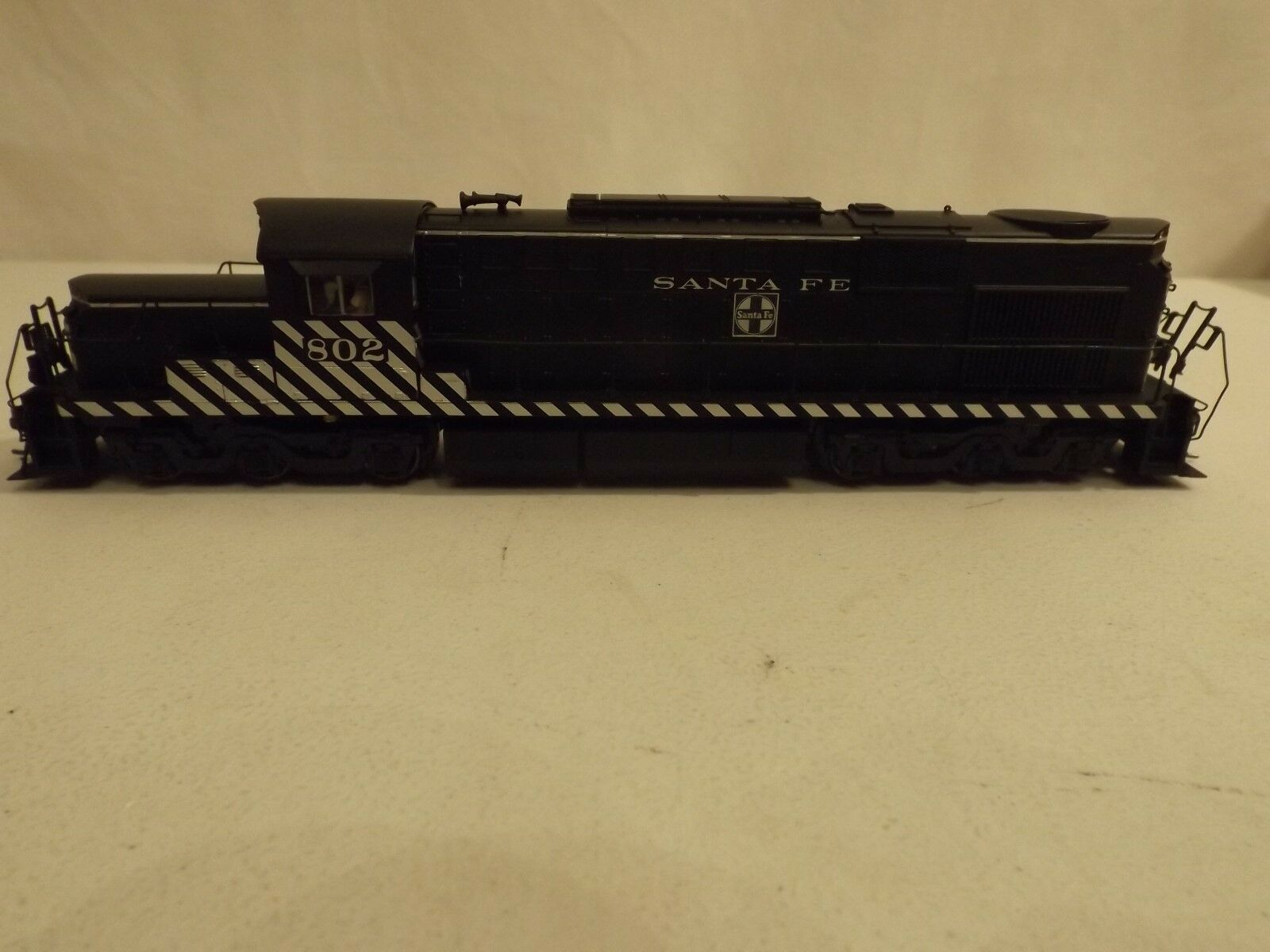 HO Broadway Ltd AT&SF AT&SF AT&SF RSD-15 diesel engine, in original box cf9c06