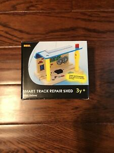 NIB-BRIO-Wooden-Train-Set-Smart-Track-Repair-Shed-33765-Thomas-Toy-Engine-Sound