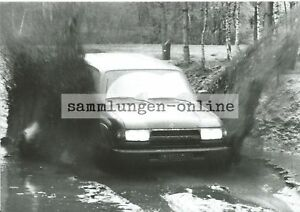 TOYOTA-Land-Cruiser-Gelaendewagen-4x4-Allrad-Pressefoto-Fotografie-Auto-Foto