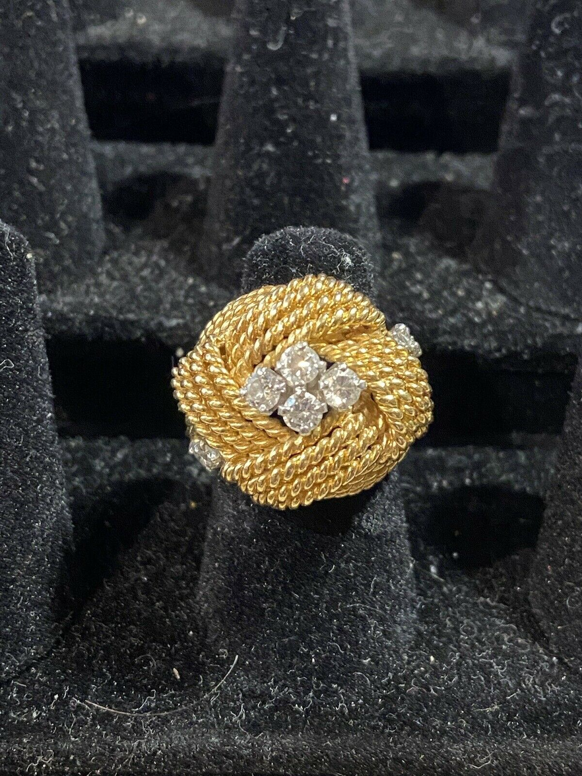 Vintage Gold And Diamond Ring - image 3