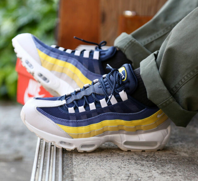 newest collection 76964 6006b Mens Nike Air Max 95 Essential Size 9 EUR 44 (749766 107)white vast  Grey lemon for sale online   eBay