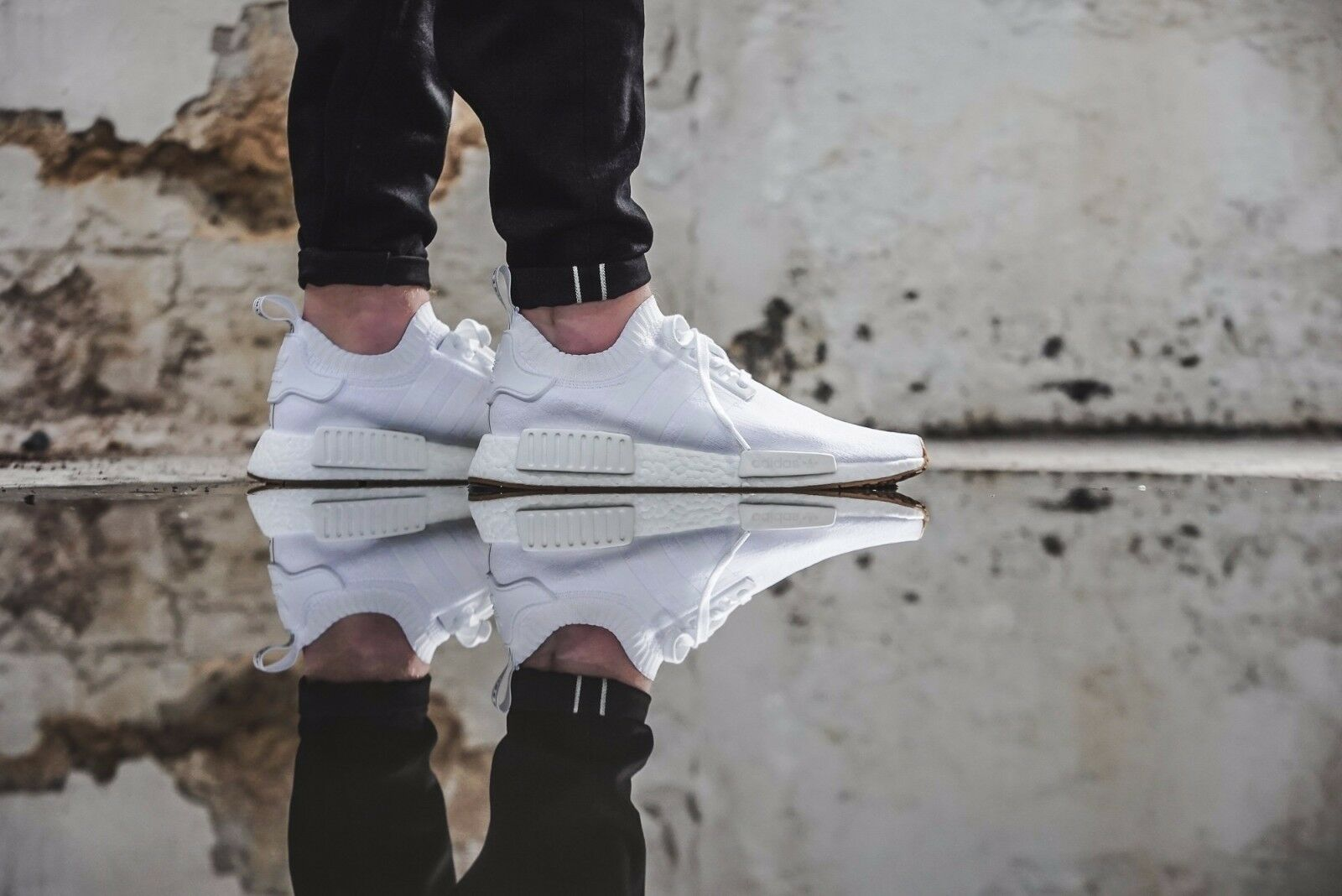 Adidas nmd r1 13,5 pk dimensioni 13,5 r1 gomme bianche.by1888.primeknit.ultra impulso 6cf93c