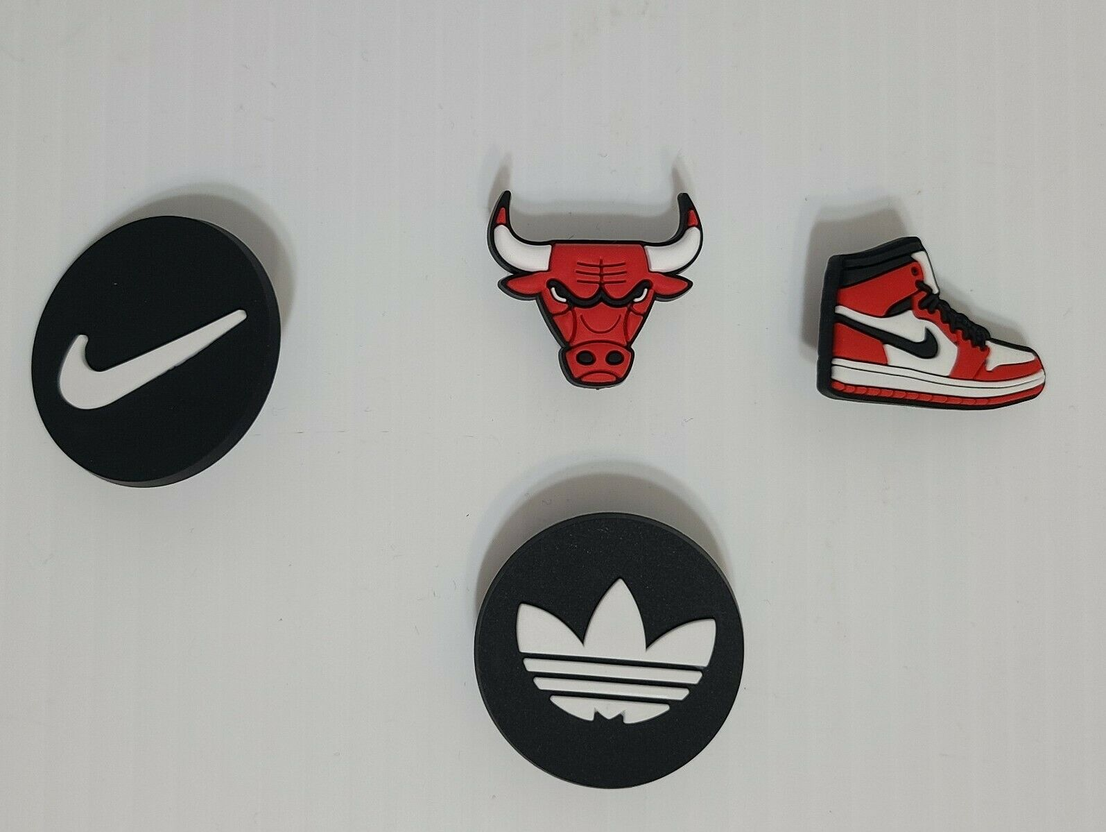 Chicago bulls nike adidas tenis shoes red mamba Shoe Charms Crocs 4 pcs soccer