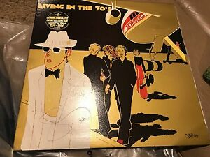 SKYHOOKS-Living-In-The-70-039-s-Limited-Edition-Gold-Vinyl-NEAR-MINT-SIGNED
