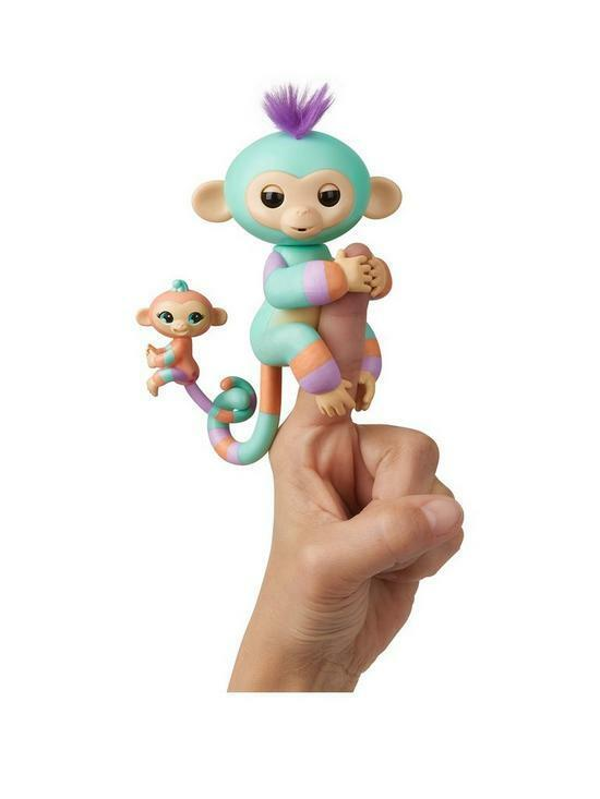 Fingerlings BFF Danny and Mini Gianna And Green and orange
