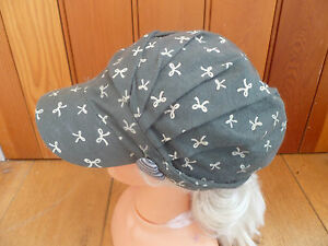 MONSOON ACCESSORIZE DARK GREEN BOW PRINT PEAKED HAT CAP ONE SIZE HEART BUTTON