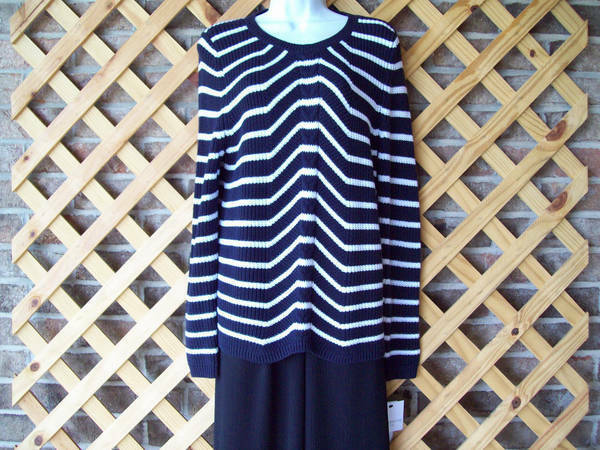 Liz Claiborne Sweater, Size XL Petite, Cotton Blend, Blk & Wh ite NWT $45.00