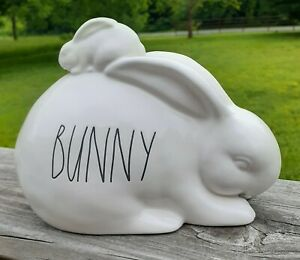 BUNNY-Rae-Dunn-Easter-Figurine-Ceramic-Magenta-Rare-New-Spring-Farmhouse-Decor