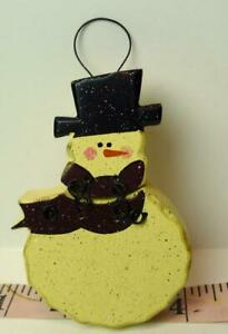 Snowman-Wooden-Hanging-Christmas-Ornament-with-Decorative-Wire