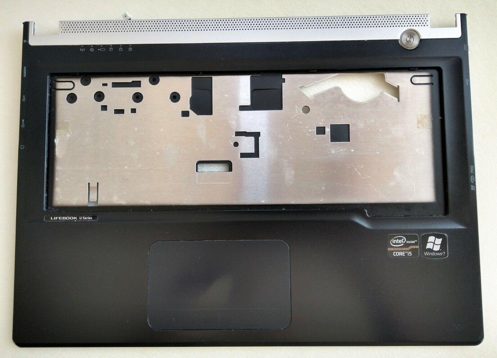 Fujitsu Lifebook UH572 Palmrest/Touchpad/Speakers