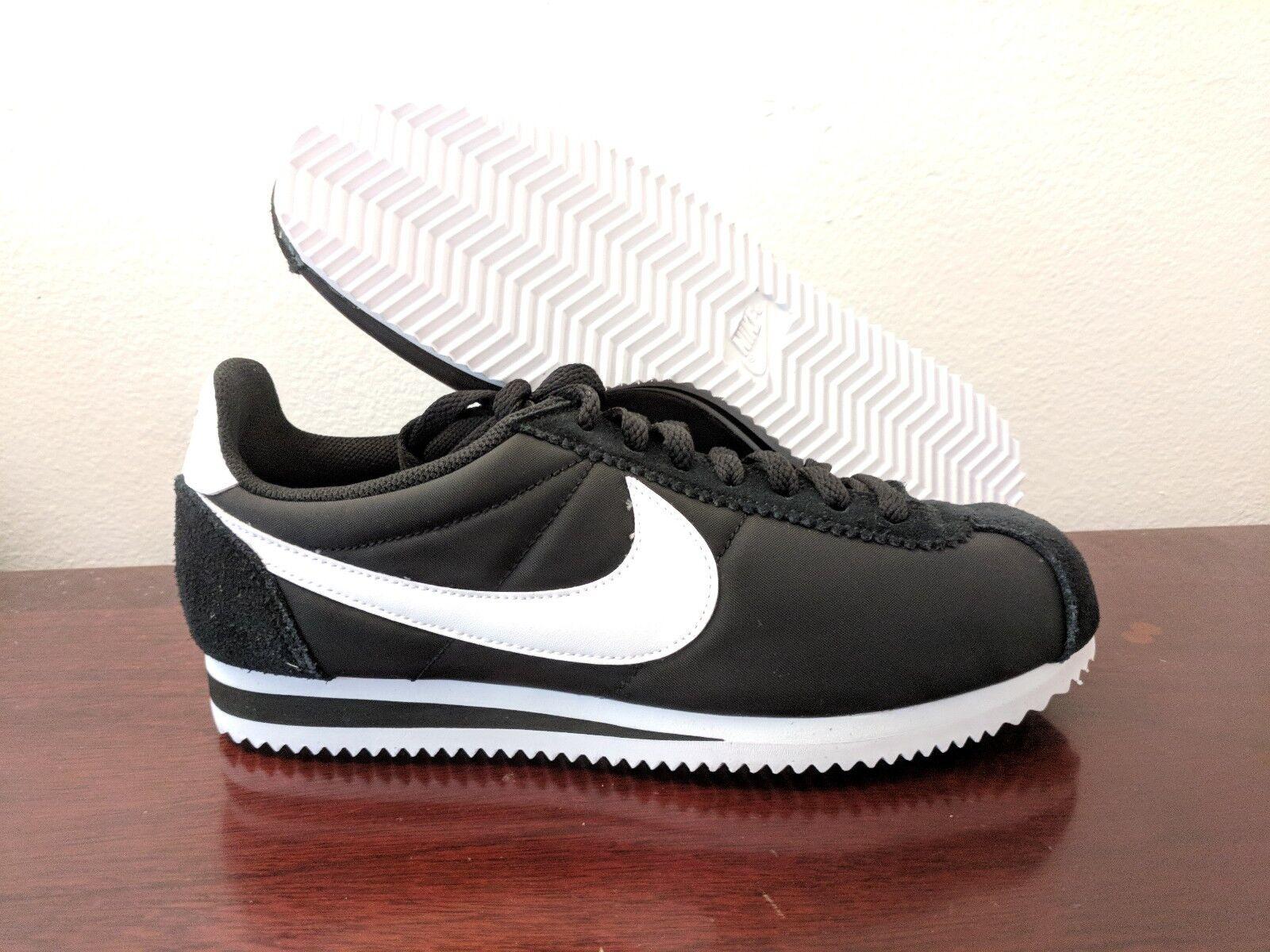 Blancs Nylon Noires Classic Chaussures Nike Cortez OZwx4qat
