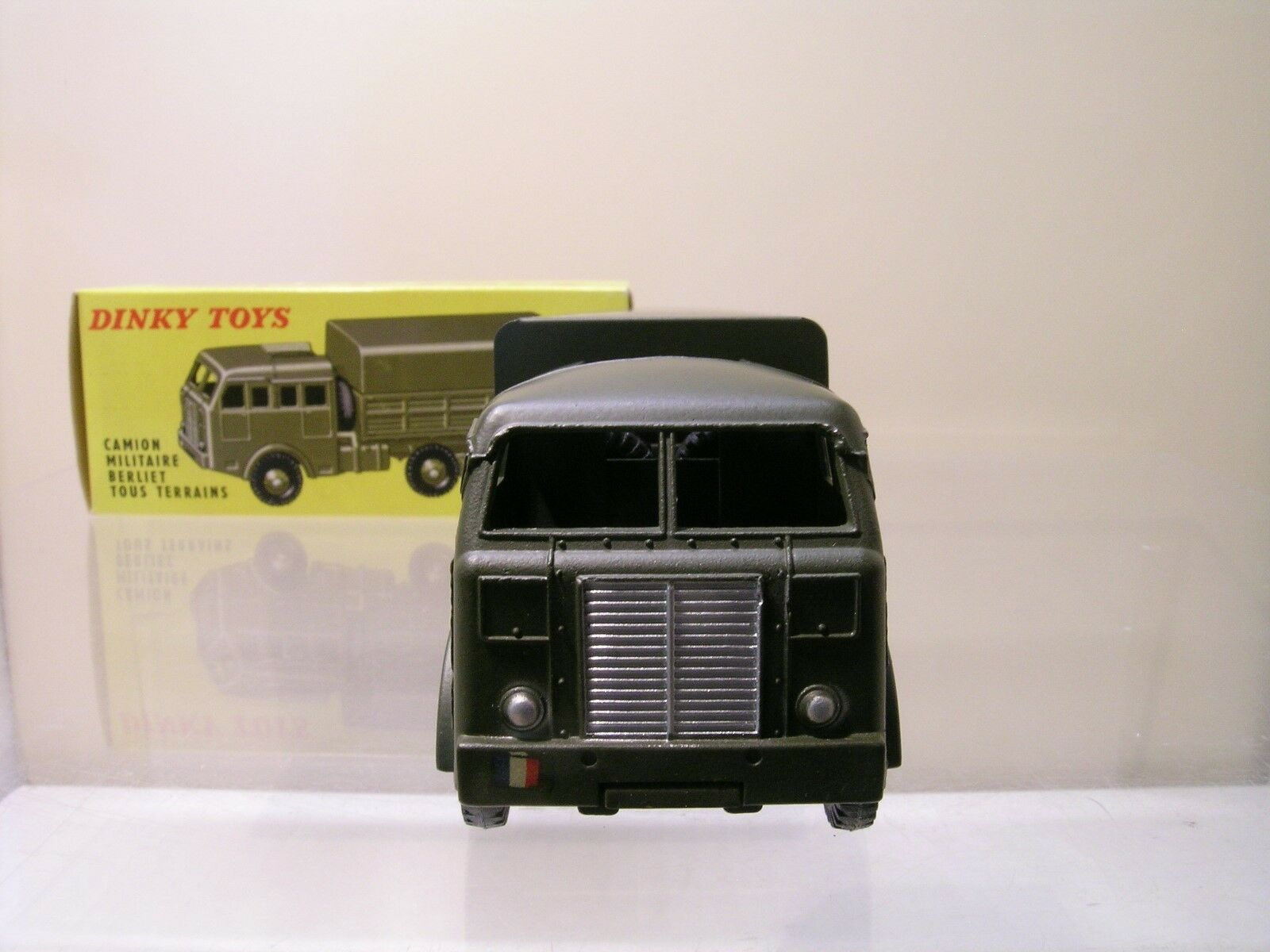 DINKY TOYS FRANCE NR.818 NR.818 NR.818 CAMION MILITAIRE BERLIET TOUT TERRAINS MINT BOXED 1 55 704b68