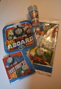 Thomas-the-Tank-Engine-Party-Supplies-Tableware-Bundle