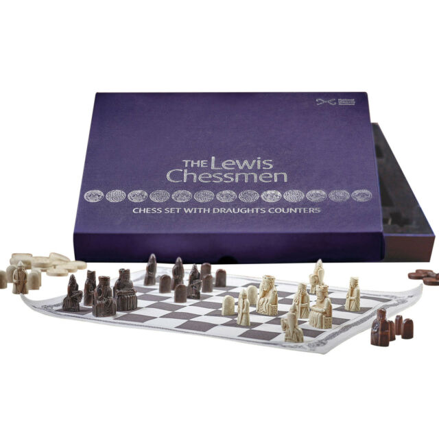 Chess /& Checkers Set Fashioned After the British Museum Original Isle Of Lewis