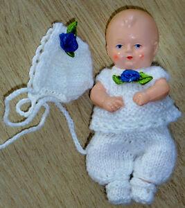 SK  Mini- Puppen 8,5 cm  Puppenstube 4-tlg Set Anzug Mütze Schuhe SE ARI EDI