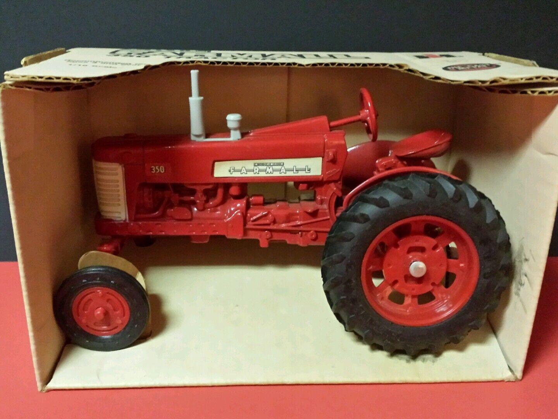 Ertl McCormick Farmall 350 1 16 Diecast Metal Replica De Tractor De Granja Juguete