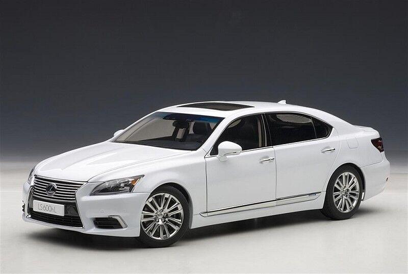 1/18 Autoart - Lexus Ls600hl 2013 Bianco Pearl Per