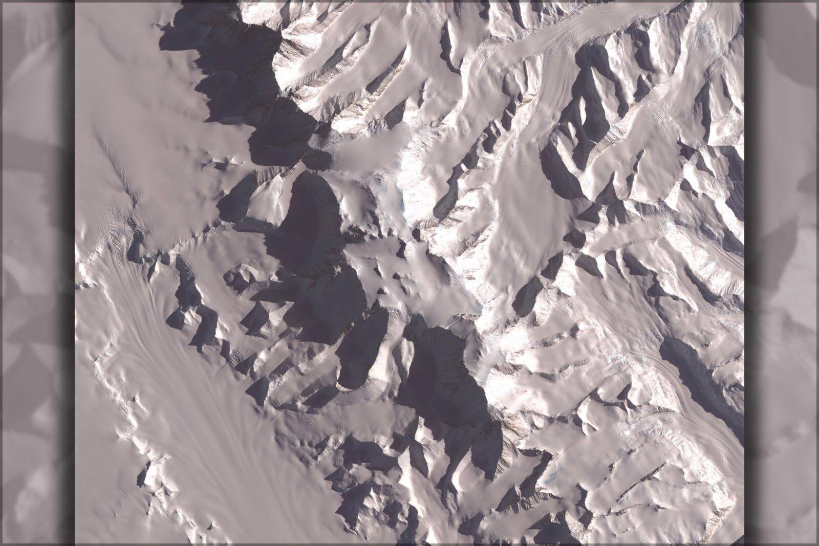 Poster, Molte Misure; Satellitare Immagine di Vinson Massif, Massif, Massif, Antartide 9ac980