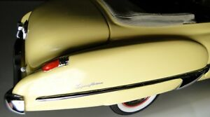 Buick-1950-Sport-Car-1-Vintage-Concept-Built-12-Carousel-Yellow-24-Model-25-8