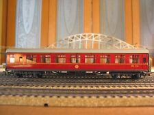 HORNBY-DUBLO 7-CAR HO OO BR LMR BRITISH RAILWAYS MAROON COACH SET