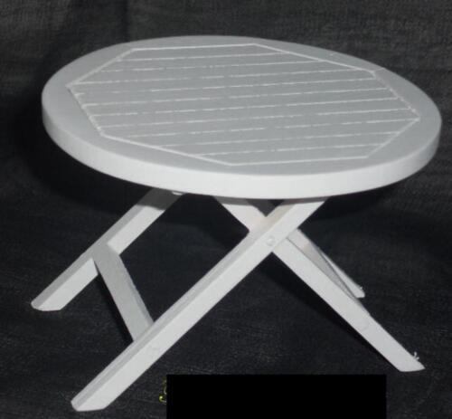 Miniatur f Puppenstube/Puppenhaus #01# Gartentisch/Tisch weiß d Maßstab 1:12