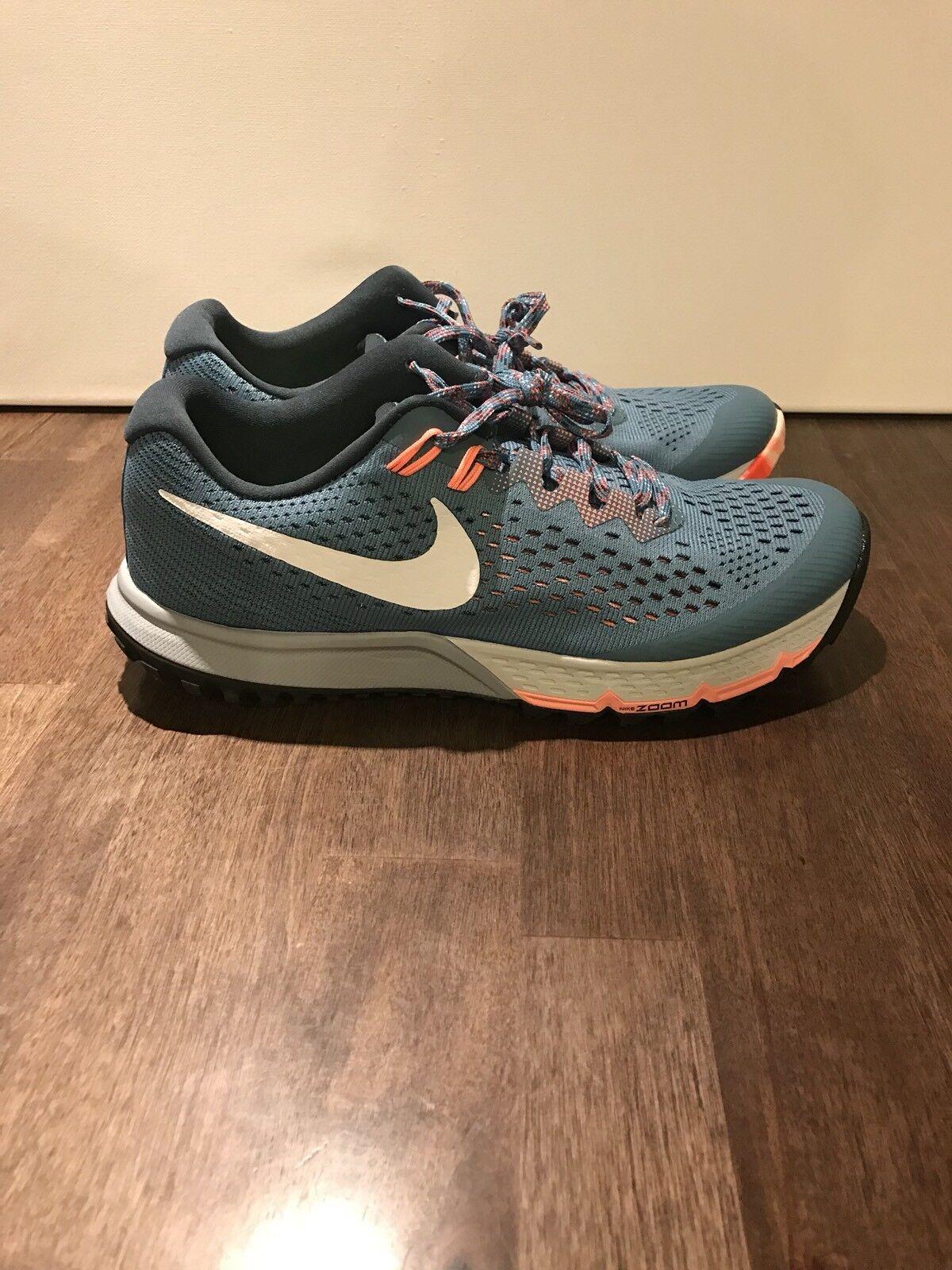 Nike Air Zoom Terra Kiger 4 Trail springa skor 880564 -401 sz 6 Nya kvinnor
