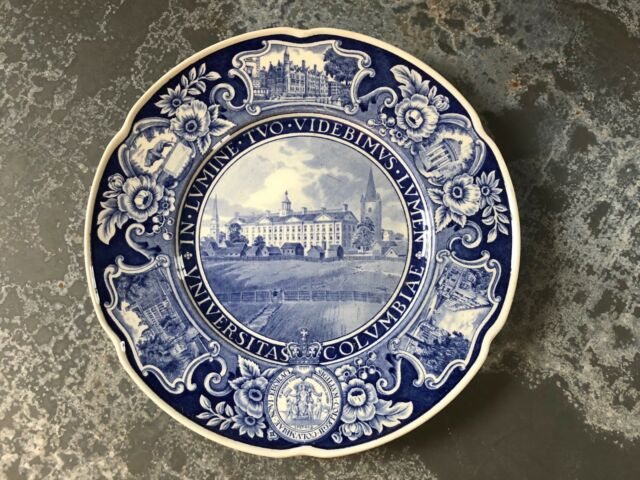 Vintage 1932 Columbia University Blue transfer Wedgwood plate #1 King's College