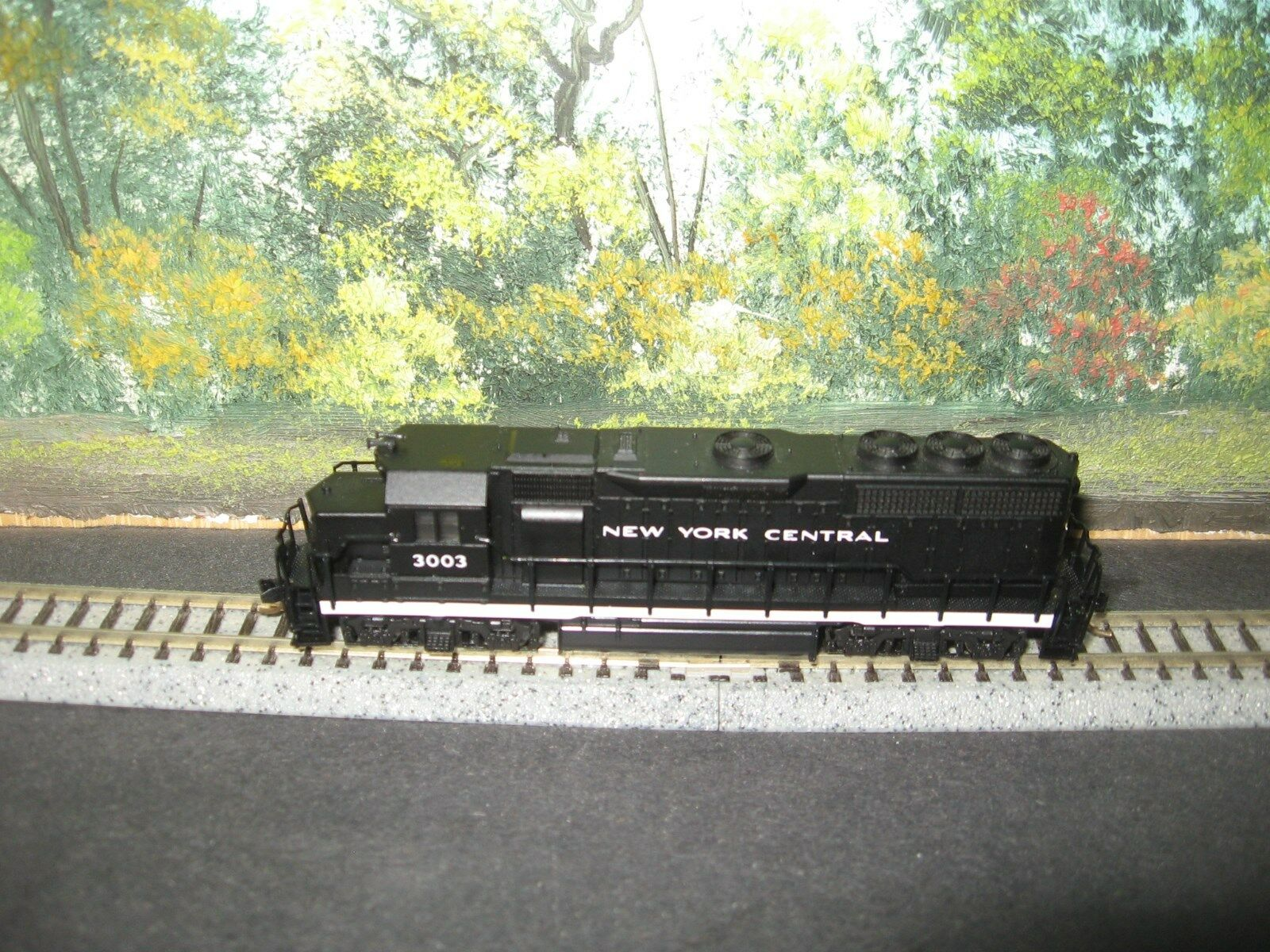 ATLAS N SCALE  48532 GP-40 NEW YORK YORK YORK CENTRAL  3003 b152dd