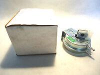 In Box Tridelta Fs6702-1373 Hq1008045tr Pressure Switch