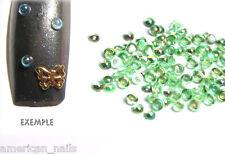 100 bijoux ongle demi bulles Irisées Vert Nail Art 2mm