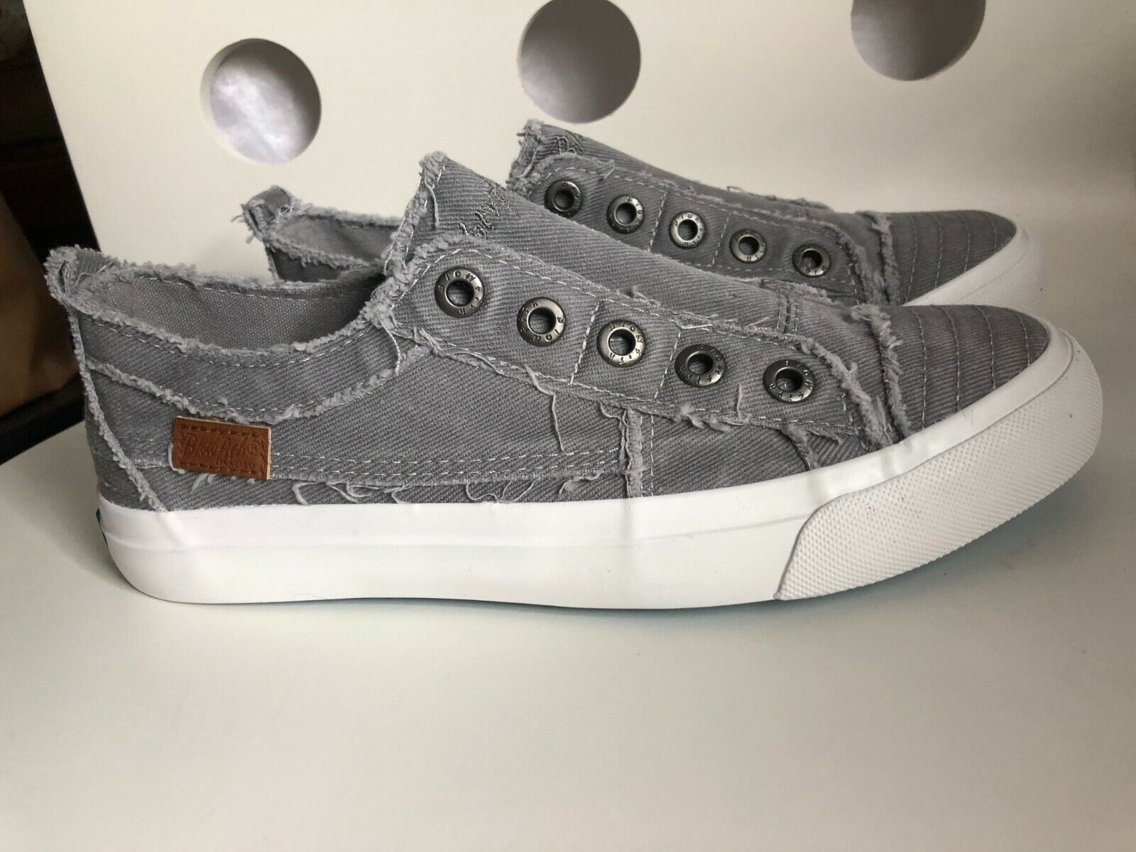 Women's Blowfish Play Lt. Gray Hipster Smoked Twill Slip On Sneaker Size 8.5 NEW