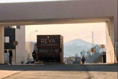 HERMOSA CASA EN VENTA EN REVA ZONA ESMERALDA ATIZAPAN