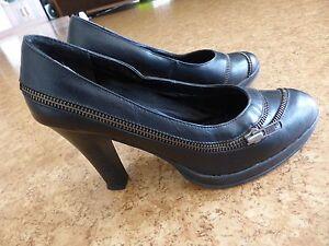 Sehr-schoene-Damenschuhe-absoluter-Hingucker