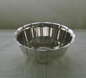 Silver-Rose-Bowl-Fluted