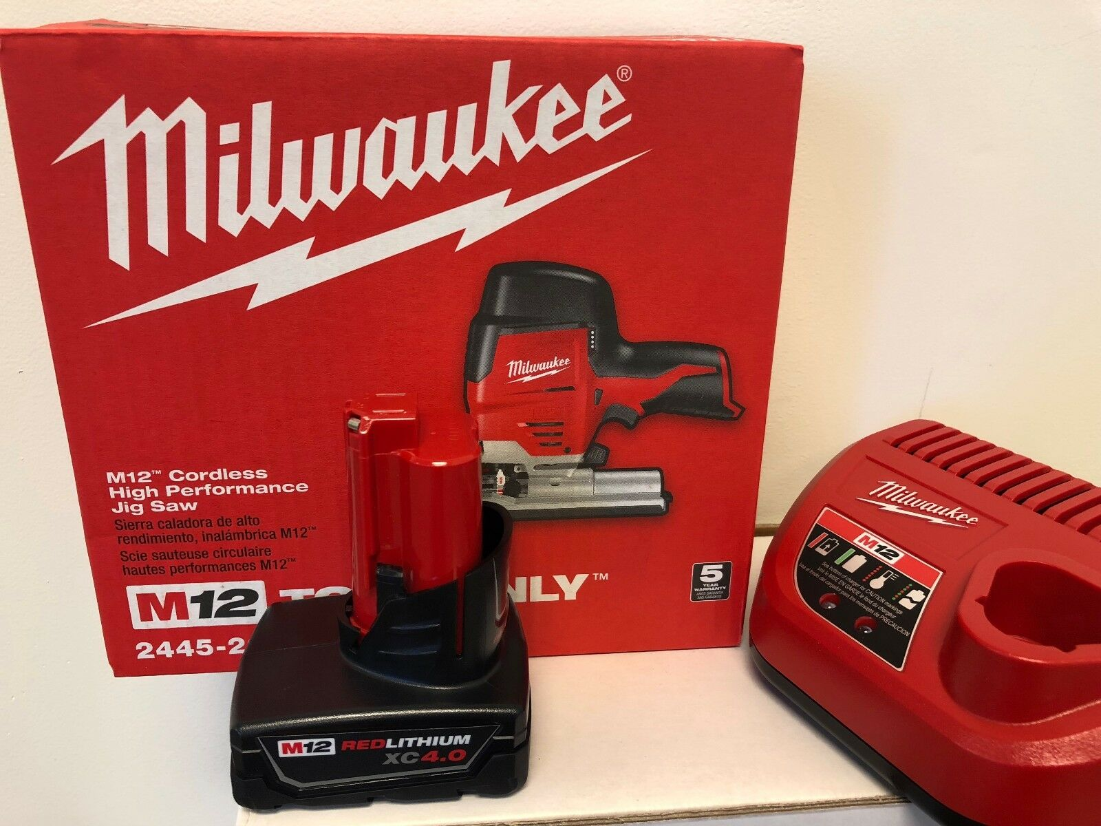 Milwaukee 2445-20 M12 Cordless Jig Saw + (1) 4.0AH Battery + (1) Charger