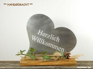 Herz-Edelstahl-auf-Holzsockel-Stele-Schild-Herzlich-Willkommen-Dekoschild-Deko