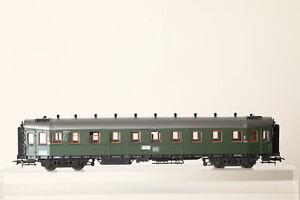 Roco-H0-D-Zugwagen-Hecht-DB-16-036-gruen-beleuchtet-152582