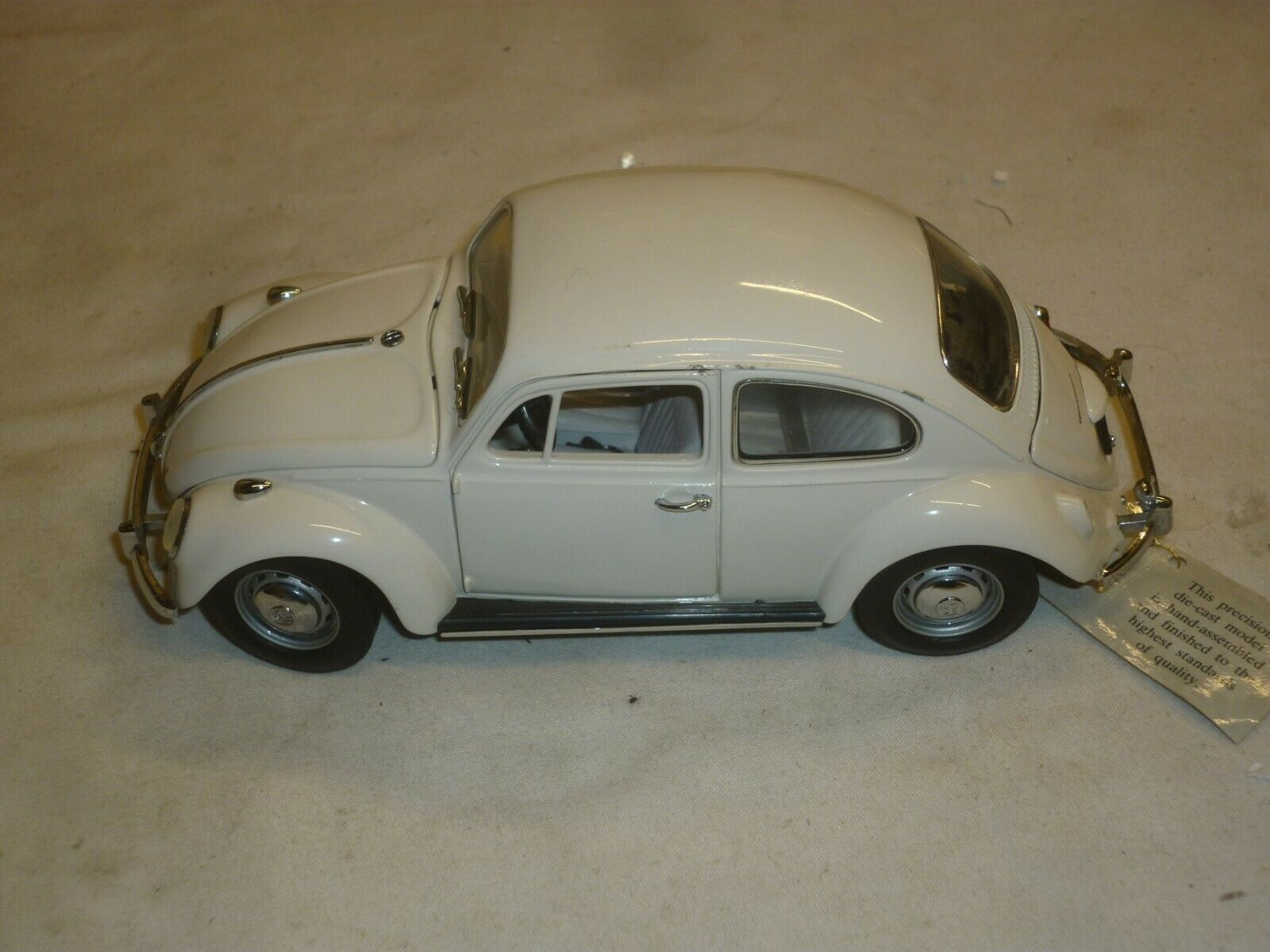 Franklin mint Scale model of a 1967 Volkswagen Beetle, no box