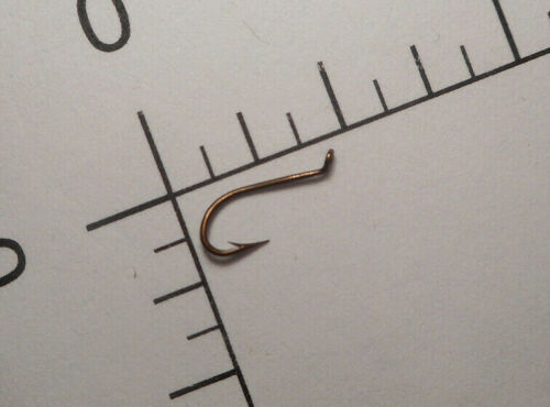100 MUSTAD #14 FLY TYING Kendal KIRBY HOOKS TURNED UP TAPERED EYE BRONZED 3980