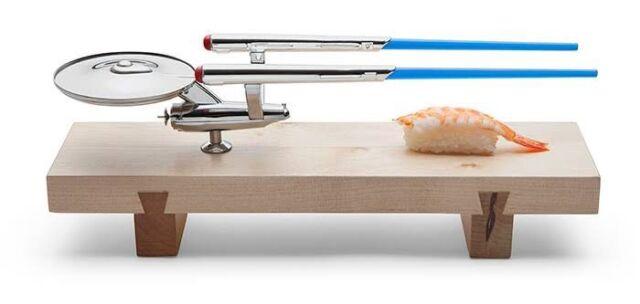 Star Trek U.S.S Enterprise Ship TOS Sushi  Set Wood Base Chopsticks Stainless